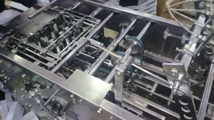 دستگاه چسب زن تمام اتومات مدل B108